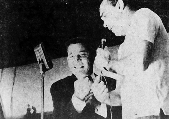 Gene Barry encontra seu dublador Murilo Néri.