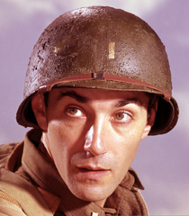 Rick Jason (2º Tenente Gil Hanley)